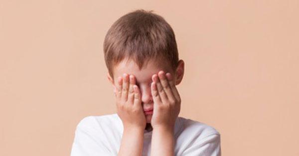 Maszturbálás kisgyerekkorban: miért normális, és hogyan traumatizál a tiltása? - Gyerek   Femina